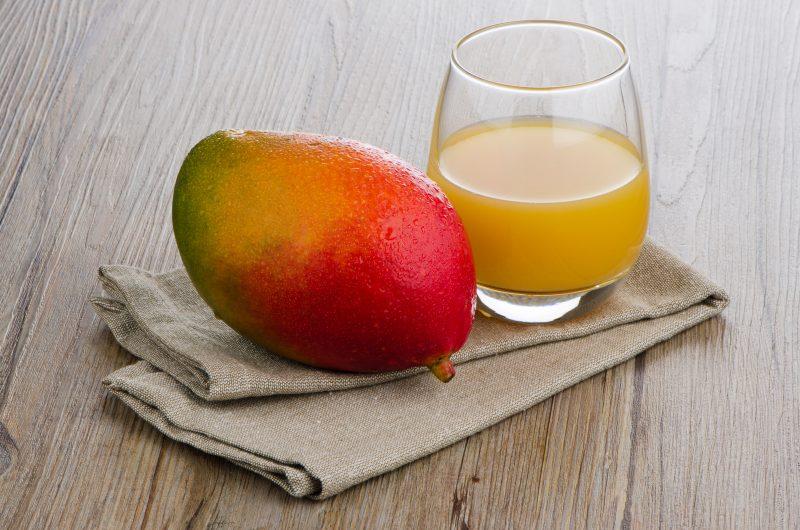 Fresh mango juice and mango fruit