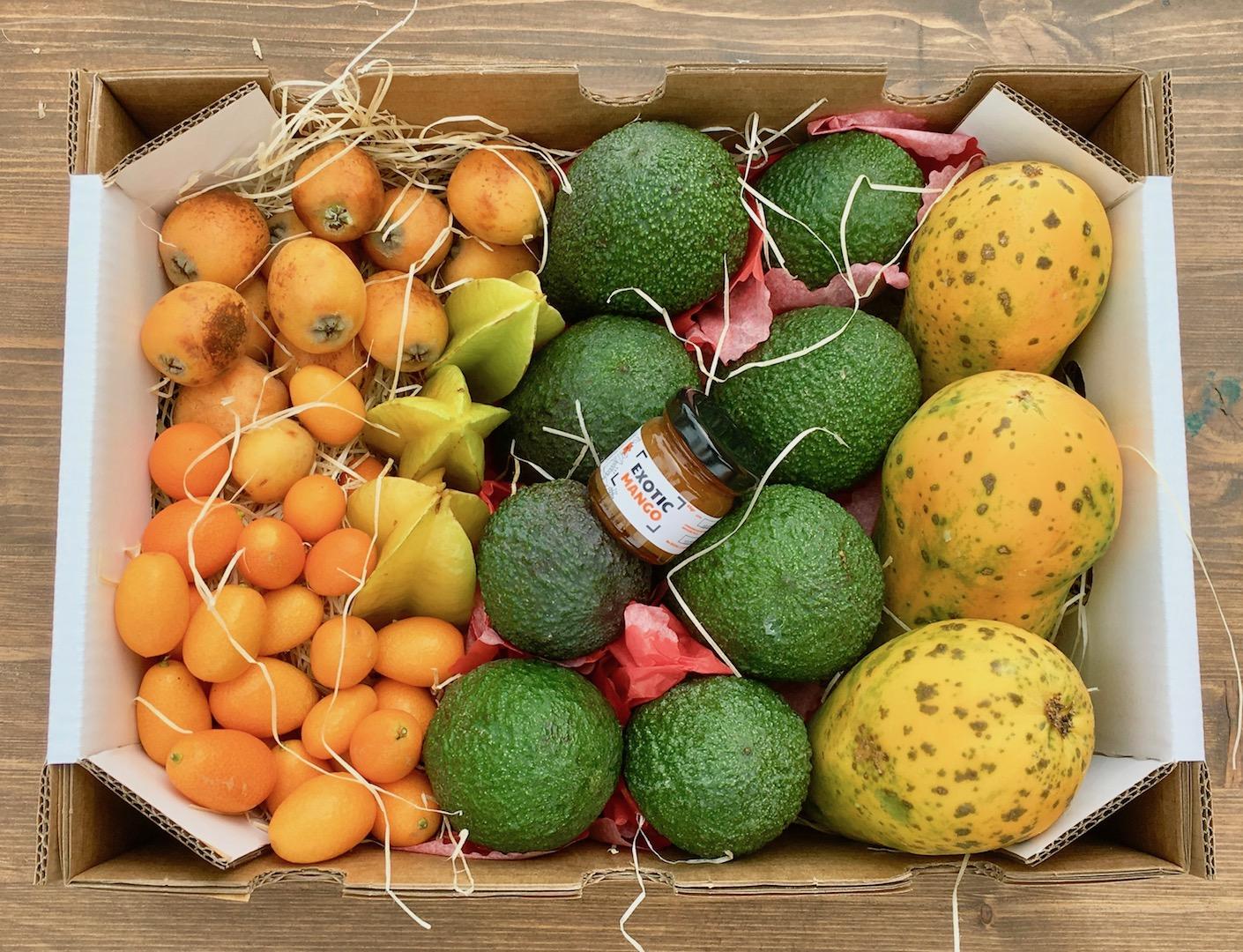 Comprar frutas ex ticas una caja de frutas reci n cortadas - Comprar cajas de fruta ...